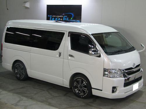 トヨタ・ハイエース ミドルワイド(LDF-KDH211K)