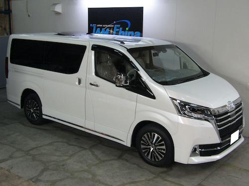 トヨタ・グランエース(3DA-GDH303W)