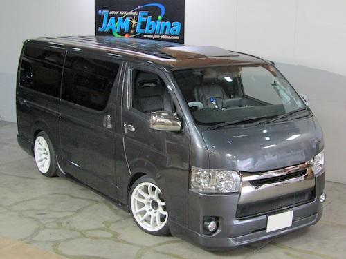 トヨタ・ハイエースS-GL(CBF-TRH200V)