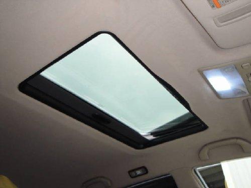 トヨタ・クラウンマジェスタへの後付サンルーフ(sunroof)取付画像。ベバスト(webasto)ホランディア300デラックスラージ(Hollandia 300 Deluxe Large