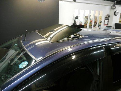 ベバスト製後付サンルーフ(sunroof)Hollandia 100 Deluxe(ホランディア100デラックス)コルト取付例