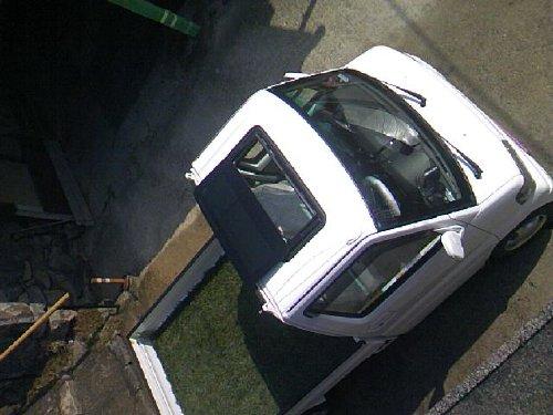 三菱(MITSUBISHI)・ミニキャブ トラック(Minicab truck)への後付サンルーフ(sunroof)取付画像。ベバスト(webasto)ホランディア300デラックス ミディアム(Hollandia 300 Deluxe Medium)07