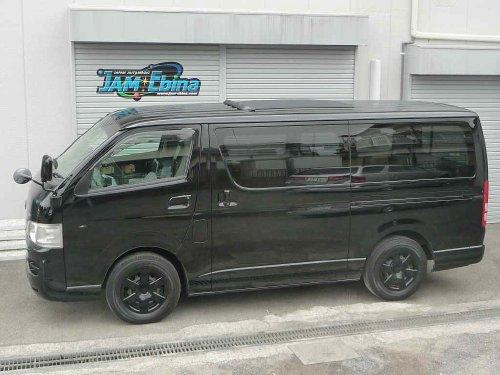 トヨタ(TOYOTA)ハイエース(HIACE)へのフォールディングサンルーフ(キャンバストップ タイプ)の取付画像。webasto sunroof ベバスト/Hollandia 400 Deluxe 02