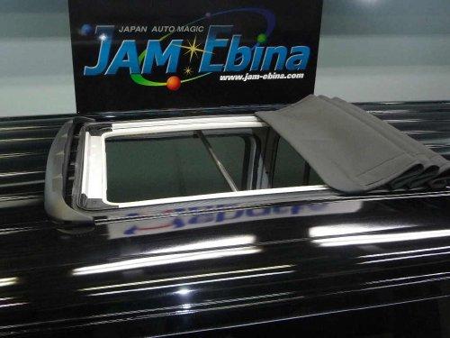 トヨタ(TOYOTA)ハイエース(HIACE)へのフォールディングサンルーフ(キャンバストップ タイプ)の取付画像。webasto sunroof ベバスト/Hollandia 400 Deluxe 04
