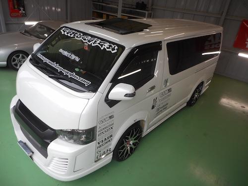 トヨタ・ハイエース(CBF-TPH200V改)