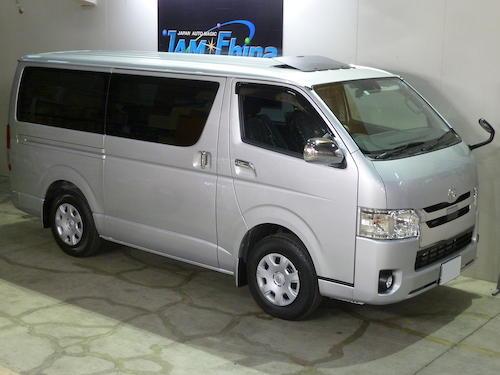 トヨタ・レジアスエース(CBF-TRH200V)