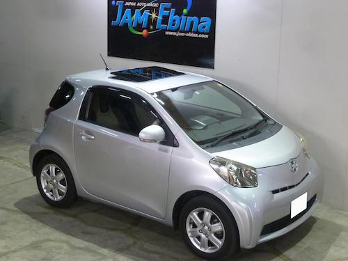 トヨタ・iQ(DBA-KGJ10)