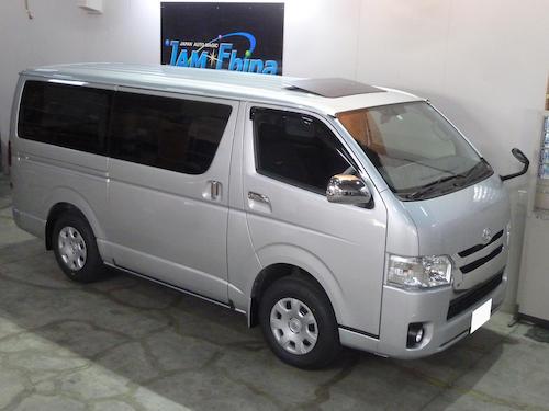 トヨタ・ハイエース スーパーGL(QDF-GDH206V)