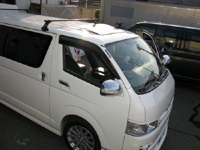 ハイエース(KDH206V)